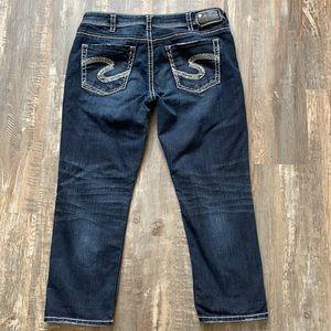 Silver jean capris size 32